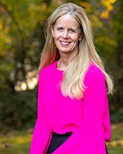 Dr. Lisa Moss